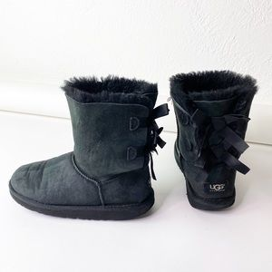 UGG Shearling Bailey Leather Black Bow Boots 5